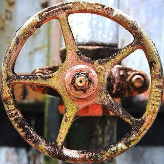 Turnwheel Detail