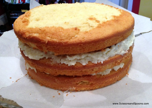 Assembling a cake