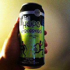 Hops and Robbers. Tons of hoppy goodness strong IPA.  #beerporn #beer