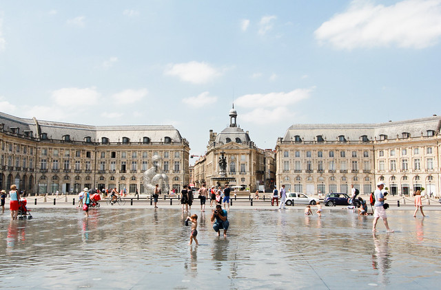 Place de la Bourse, Miroir d'Eau