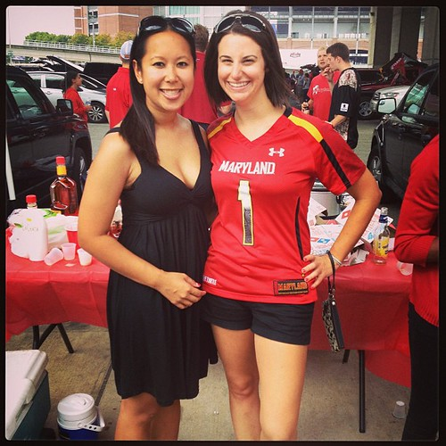 Terps megatailgate with @linhnguyen42 #teamcanada #Terps #borderbattle #bestwvu #latergram