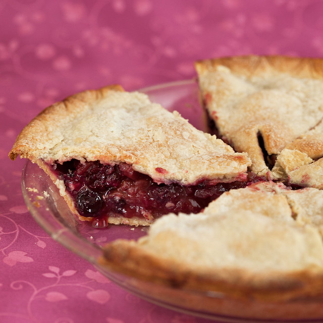Appleberry Pie With Olive Oil Crust | Post Punk Kitchen | Vegan Baking ...