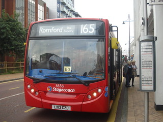 Stagecoach 36561 on Route 165, Romford