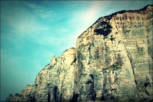 바위 산-'백령도 두무진'