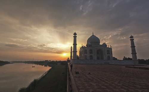 india sunrise day cloudy tajmahal agra 5dmarkiii 1635mmagrauttarpradeshindia