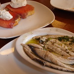 El Cable: Marinated anchovies, salmon with cream
