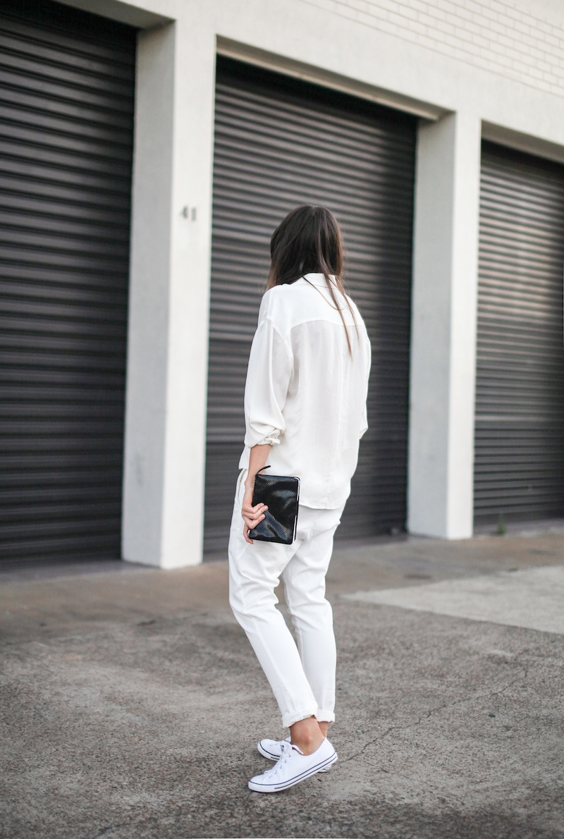 modern legacy fashion style blogger australia Camilla Marc silk shirt Bassike slouch pants Witchery snakeskin clutch Comverse Dainty All Star trainers Sambag sunglasses summer street style (10 of 10)