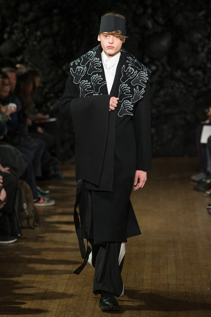FW14 London Xander Zhou040_Jacob Morton(VOGUE)