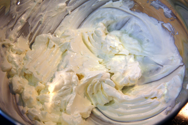 2_Cream-Cheese-and-Sour-Cream-Mixed
