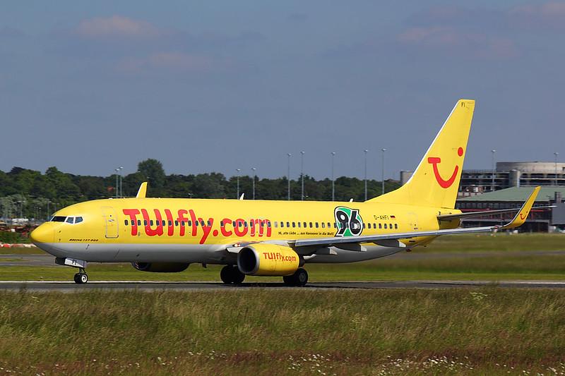 TUIfly - B738 - D-AHFI (1)