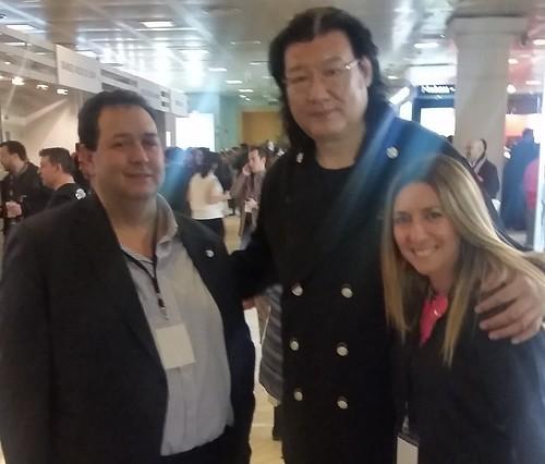 Representantes del Centro de innovación Gastronómica con el chef chino Da Dong