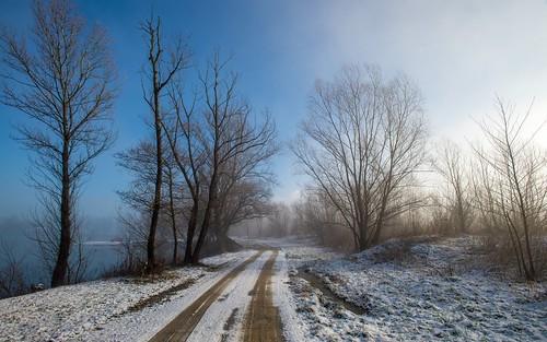 winter landscape lakes croatia foggymorning nikkor173528 nikond600 zaprešić lakezajarki