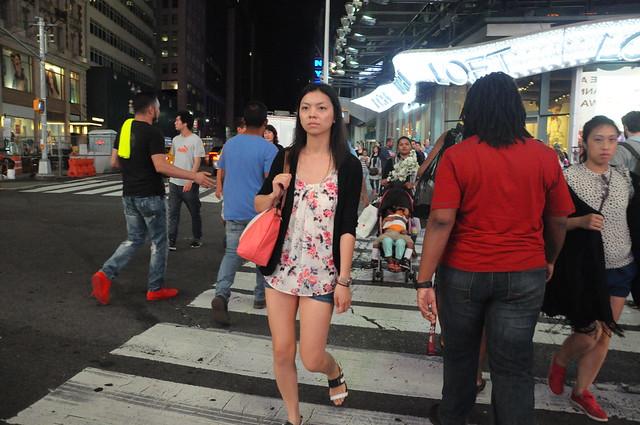 A Walk through Times Square Memorial Eve