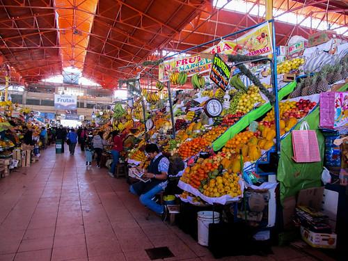 Arequipa: le marché San Camilo, très coloré