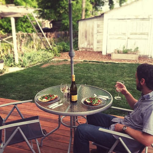 Al fresco dinners, one of my favorite things about summer.