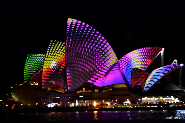 02-Sydney Vivid 2013