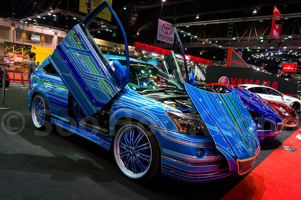 ARTIS Harrier type Izawa design ver Real C style @ Bangkok International Auto Salon 2013