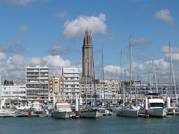 la ville vue de la mer