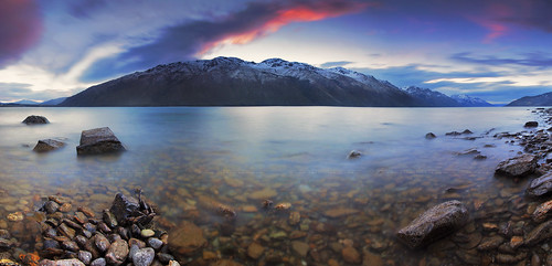 sunset newzealand sky panorama lake holiday tourism nature colors clouds landscape evening twilight rocks view dusk famous scenic panoramic southisland otago queenstown southernalps attractions lakewakatipu traveldestinations