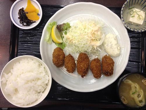 20131114駅前カキフライ定食