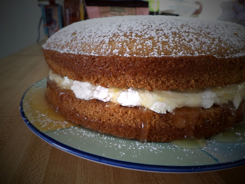 Light Lemon Sponge Cake Recipes: The Vegan Mouse: Victoria Sponge With Lemon Curd