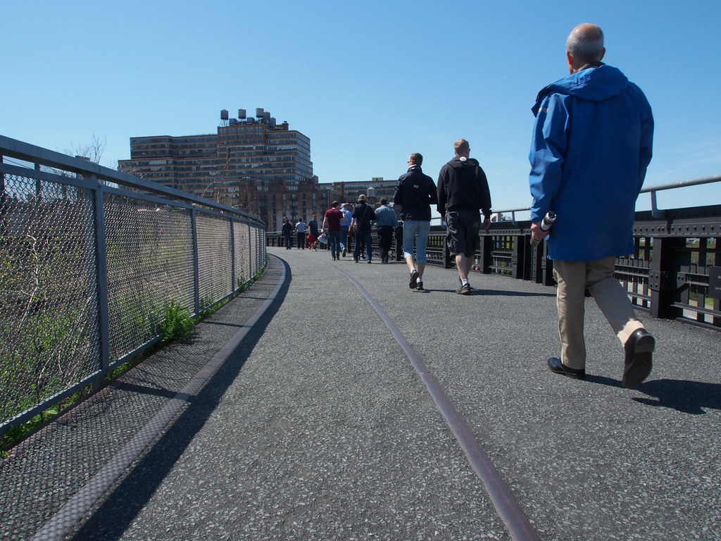 Take The High Line: A Scenic Pedestrian Route In The Middle Of Manhattan | Live now – dream later Travel Blog­