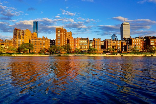 summer boston massachusetts charlesriver newengland esplanade backbay goldenhour brownstones pw