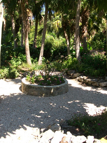 Bermuda Arboretum. The park is managed by the Department of Agriculture and offers one of the most comprehensive natural habitats of endemic plants in Bermuda.
