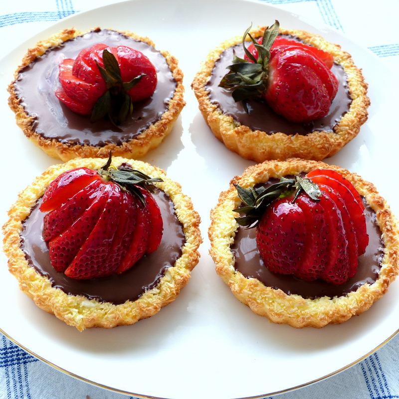 Chocolate Macaroon Tartelettes