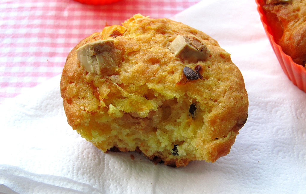 Muffin de maracujá e chocolate branco
