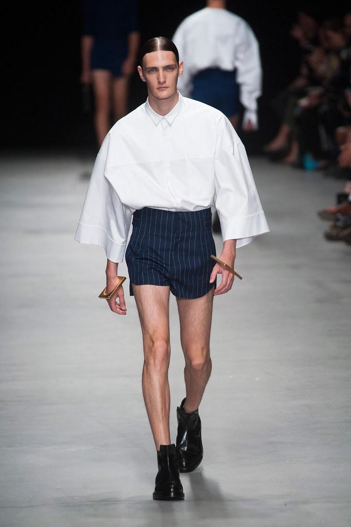 SS14 Paris Juun J.010_Yannick Abrath(fashionising.com)