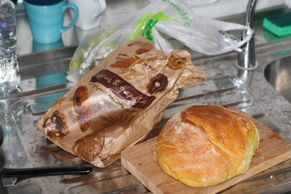А это такой прелестный хлеб тут оказался. Вкусный :)