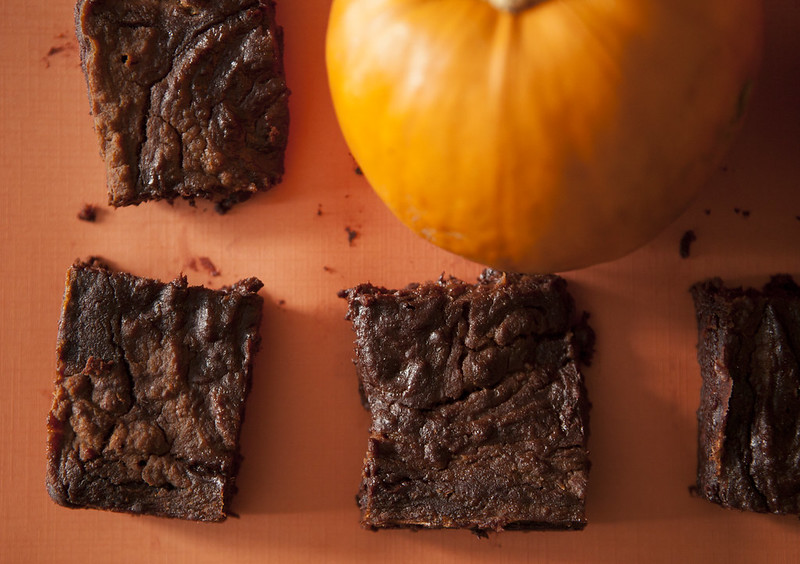 4 Ingredient Fudgy Pumpkin Pie BrowniesIMG_4076