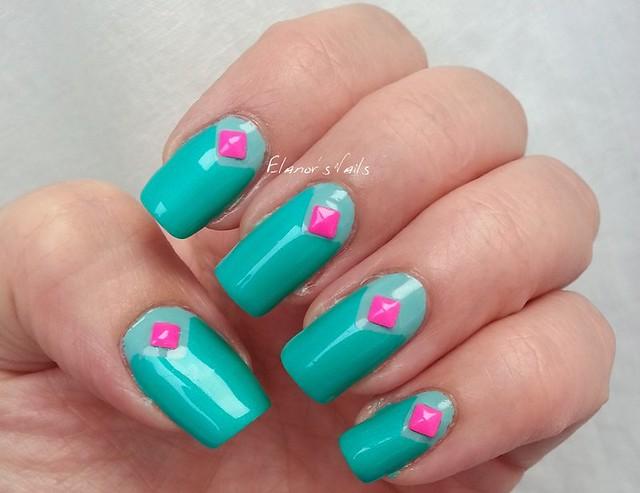 greens pink studs 3