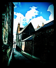 Narrow Lane,Frog Island,Leicester #Leicester#camera+ by davidearlgray