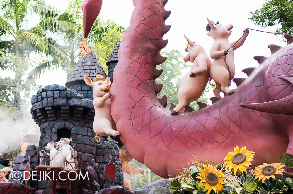 Universal Studios Singapore - Hollywood Dreams Parade - Far Far Away