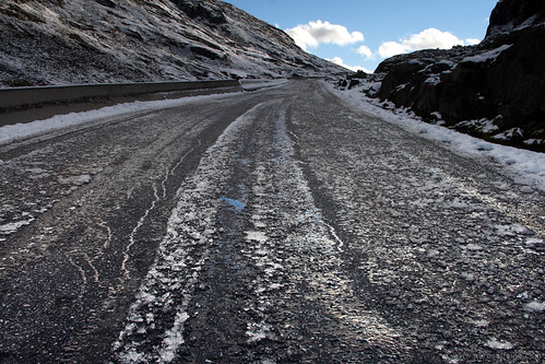 Icy road in Norway