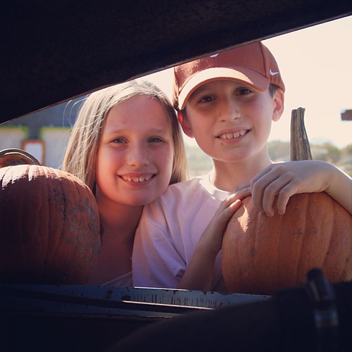 And these are sweet kids, before they got all growed up. #fall #pumpkin #fieldtrip