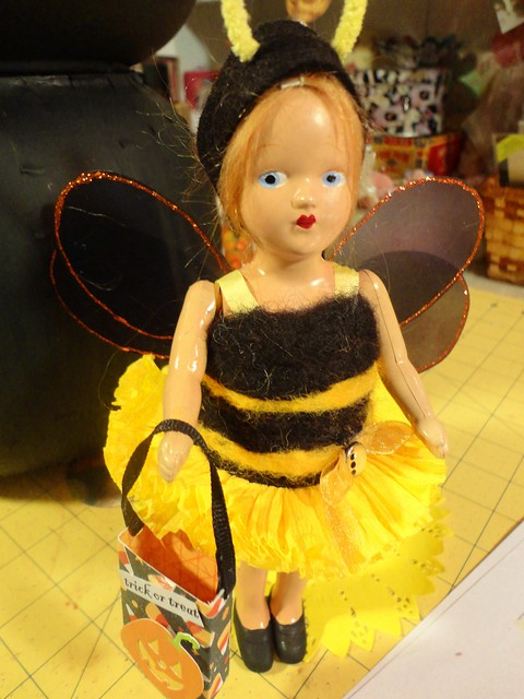 miz bumble bee