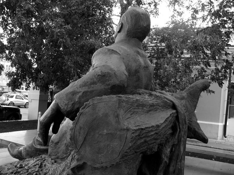 Шаляпин (Monument to Feodor Chaliapin), b&w ver.5