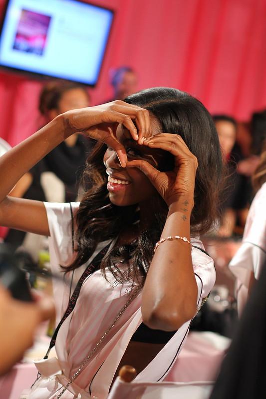 2013 Victoria's Secret Fashion Show  019
