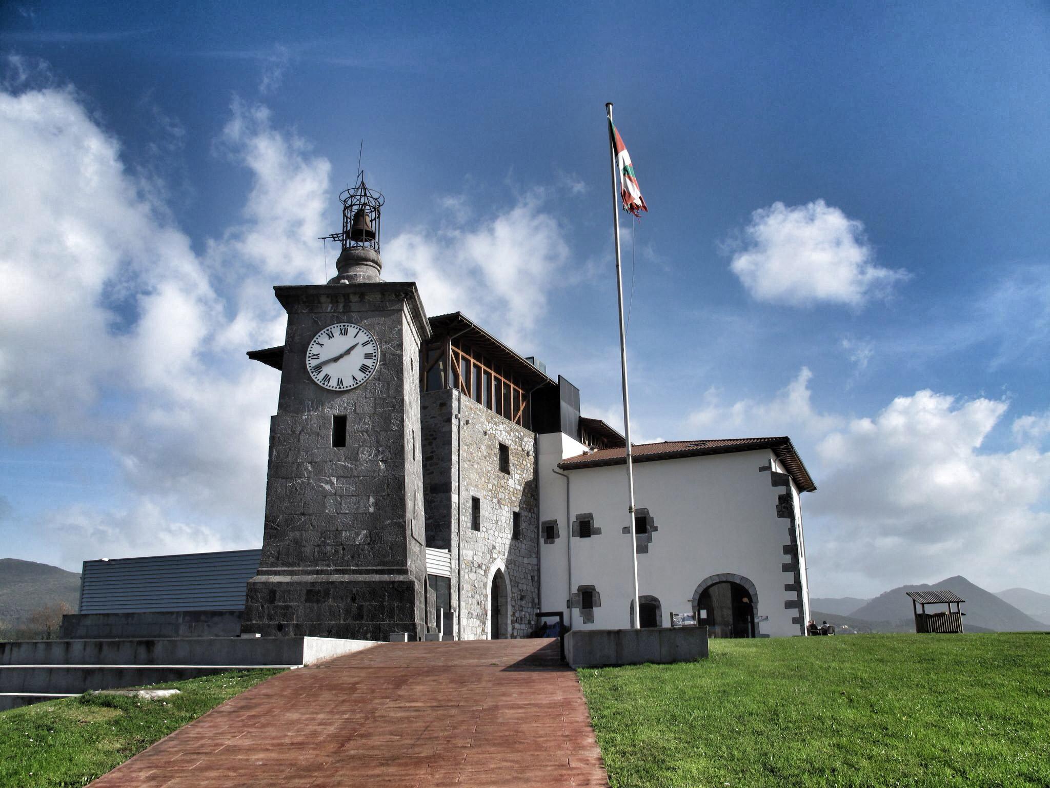 torre madariaga_centro biodiversidad euskadi_patrimonio_rehabilitación_busturia