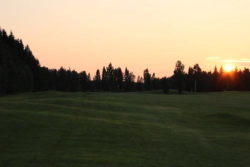 sunset summer night golf midsummer course tarinagolf