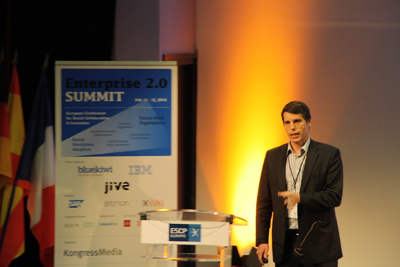 Olivier Amprimo (L'Oréal) on stage at #e20s 2014