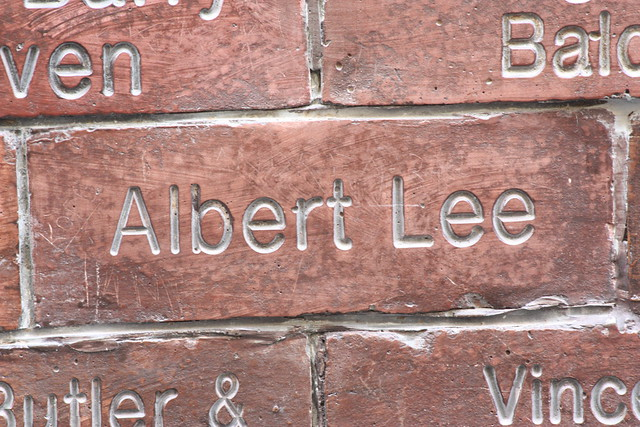 Header of Albert Lee