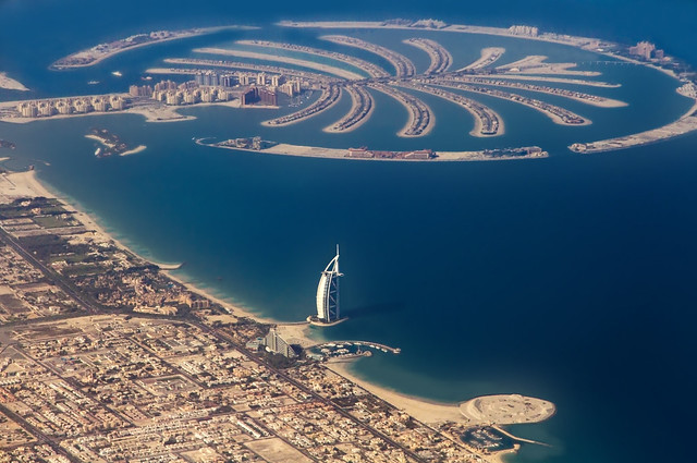 "Burj Al Arab - The Only Hotel With ""Seven Stars"""