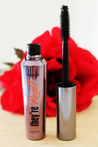 Top 5 Eye Mascaras, Favourite Mascaras, Calvin Klein CK One Volumizing Mascara, Benefit They're Real, Prestige Curl Big Mascara, Maybelline The Colossal Volum Express, Revlon Lash Potion, Eye Mascaras Comparison