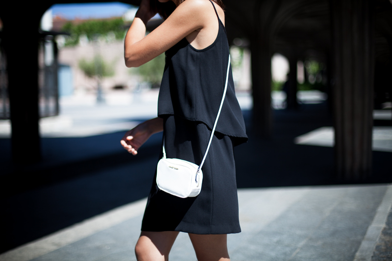 Vestido-Mango-Negro-Lencero-008