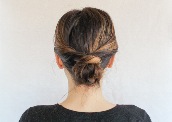 medium length hair style