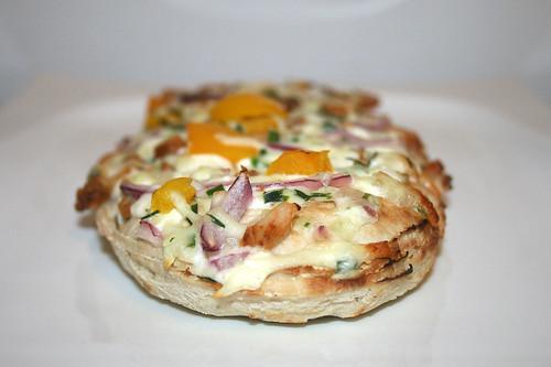 08 - Wagner Rustipani Hähnchenbrust auf Frischkäse-Creme / Chicken breast on cream cheese - Seitenansicht-B